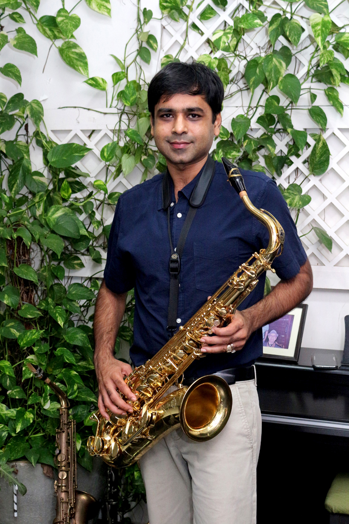 ​Despite his late start, Nitish ​Mittersain quickly made his way into jazz circles​.