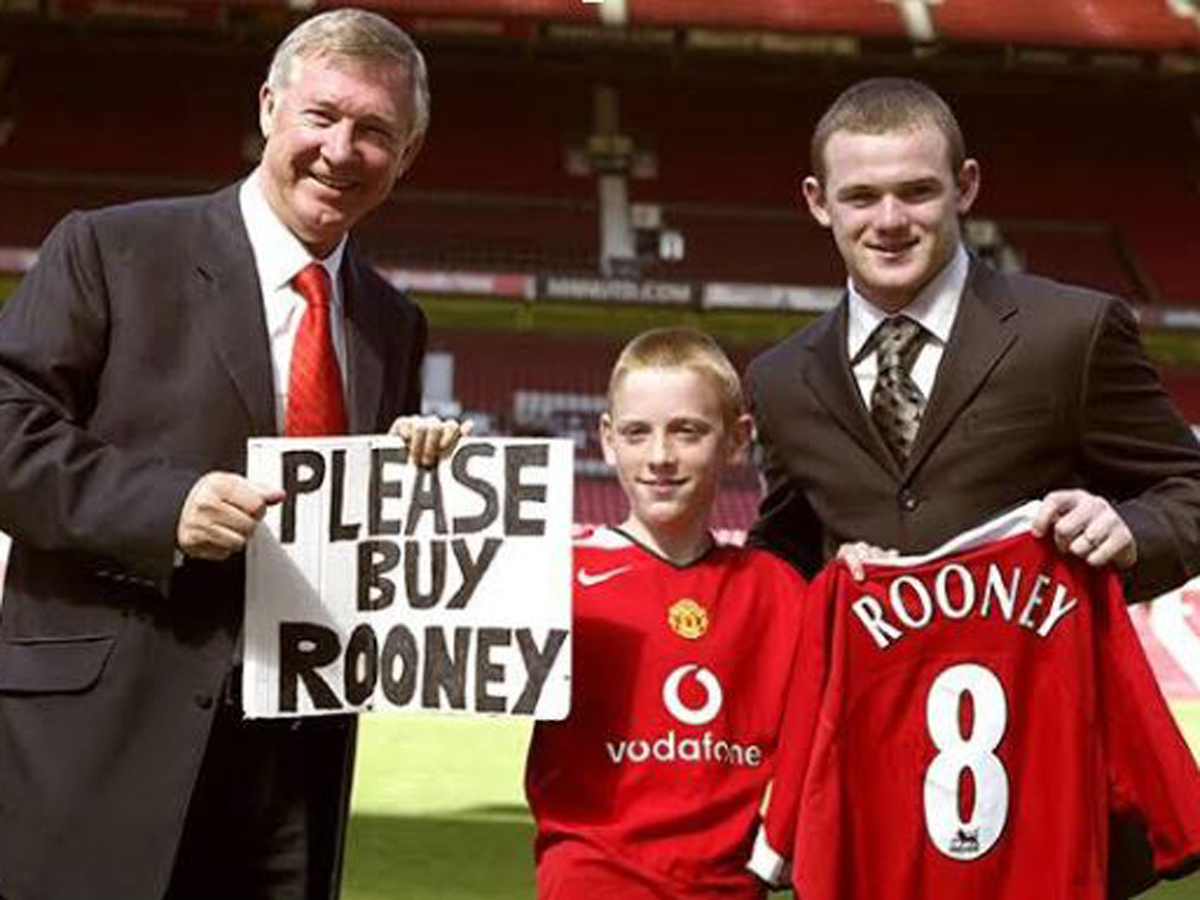 Rooney signs for Manchester united.
