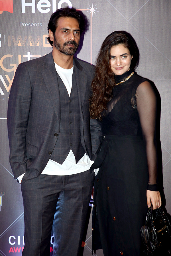 ​Arjun Rampal and Gabriella Demetriades at the MTV IWMBuzz Digital Awards in Mumbai.