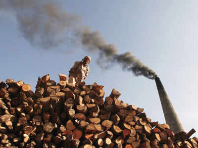Manmohan Singh hits out at developed nations over carbon emissions